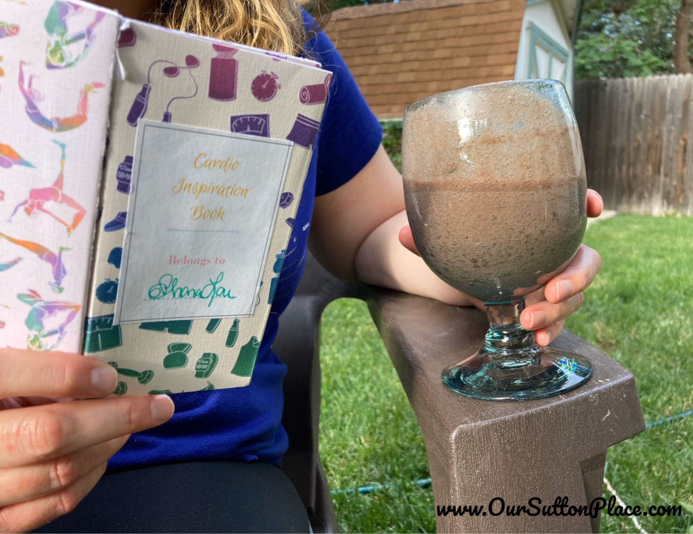 picture of smoothie and cardio vision board book