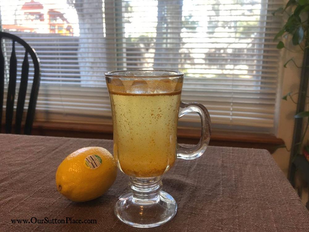 apple cider vinegar in a glass