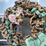 closeup of the two tone burlap wreath